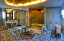 Elena Ceaușescu's bathroom.